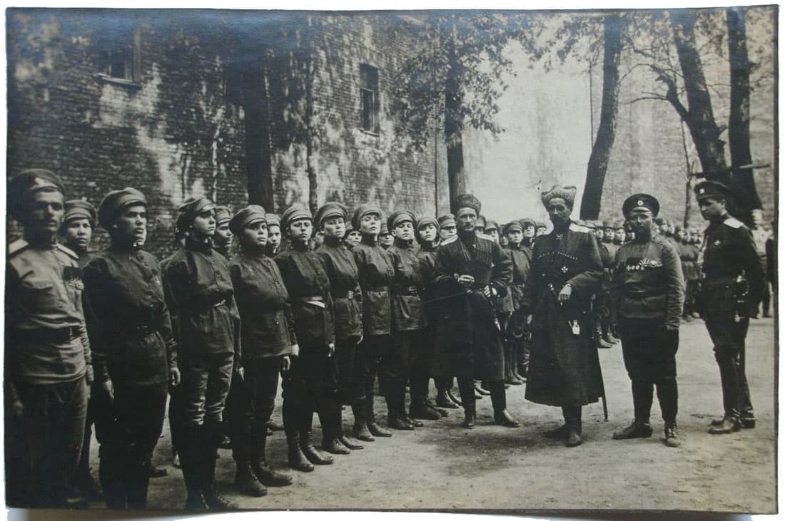 Женский батальон смерти Марии Бочкаревой смотр